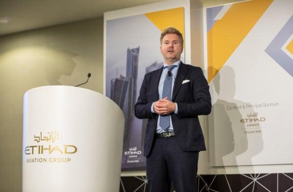 Fredrik-Oygard-presenting-at-the-Innovation-Forum-Gulf-and-Near-East